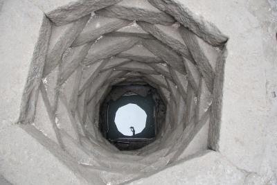 Abb. 24 HB2 Zitadelle – Brunnen