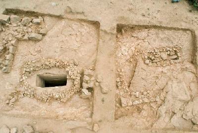 Yeha. Luftaufnahme der Schachtgräber von ʾAbiy ʿAddi.
