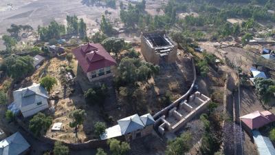 Der Große Tempel von Yeha im modernen Klosterareal