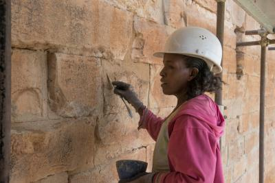 Rissschließung und Konsolidierung des Mauerwerks