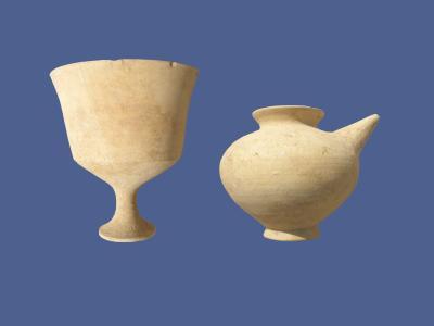 Tüllenkannen und elegante Pokale (Sektor 18)