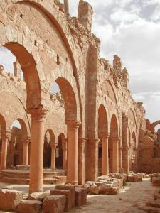 Basilika A, südliches Seitenschiff, Blick nach Nordosten, 2006